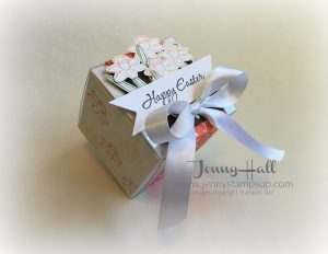 Decorated Easter gift box by Jenny Hall www.jennyhalldesign.com